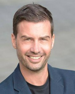 Roman Egger. Moderator.